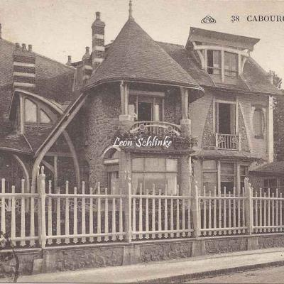 Cabourg - CAP 38 - La Surprise
