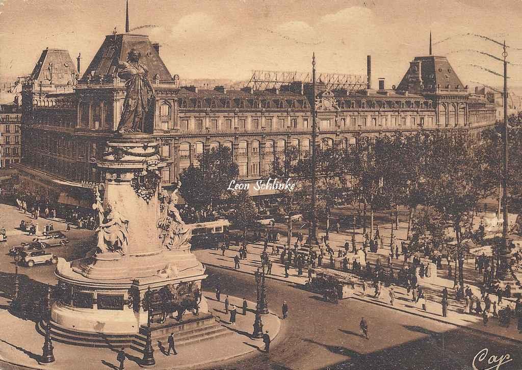 CAP LL 65 - La Place de la République