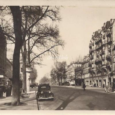 Carrefour avenue d'Italie et rue de Tolbiac - Aigle 252
