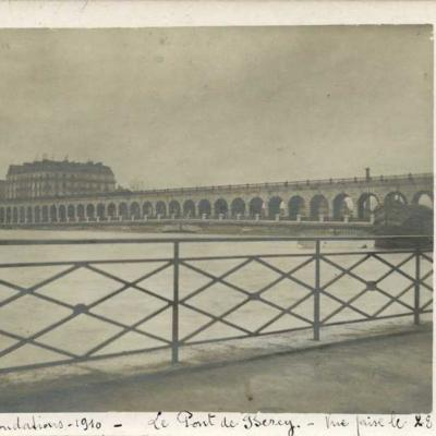 Carte-photo - Inondations 1910 au Pont de Bercy