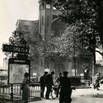 CIM 637 - PARIS - La Place des Abbesses