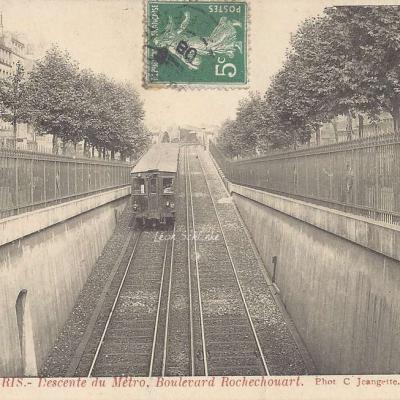 CJ 89 - Descente du Métro, Boulevard Rochechouart