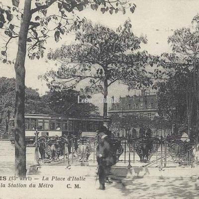 CM 1402 - La Place d'Italie et la Station du Métro