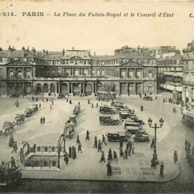 CM 214 - PARIS - La Place du Palais-Royal et le Conseil d'Etat