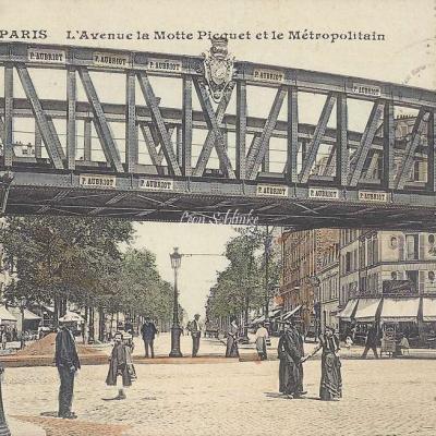 CM 470 - L'Avenue la Motte-Picquet et le Metropolitain