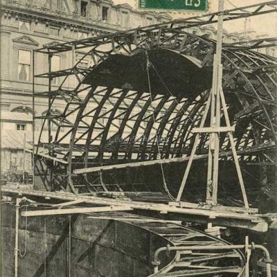CM 597 - Fonçage des caissons de la Gare de la Cité