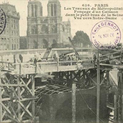 CM 636 - Fonçage d'un caisson dans le petit bras de la Seine