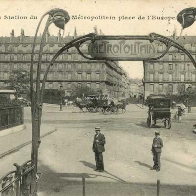 CM 681 - La Station du Métropolitain, Place de l'Europe