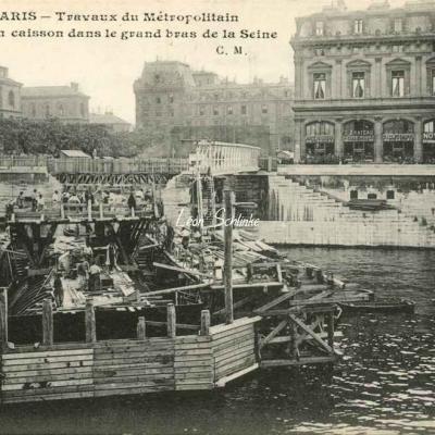 CM 729 - Fonçage du Caisson dans le grand bras de la Seine