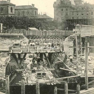 CM 730 - Fonçage du Caisson dans le grand bras de la Seine