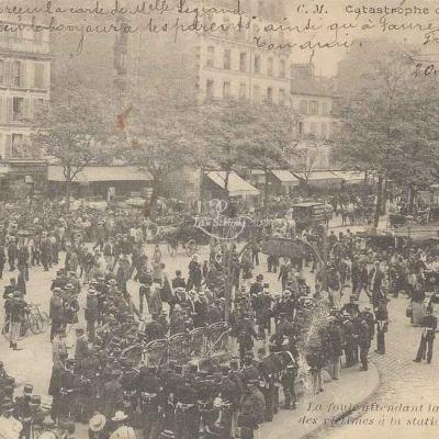 CM - Catastrophe 1903 - En attendant la sortie des corps