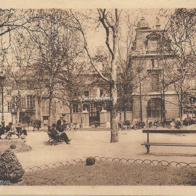Ecole Massillon vue du Square Henri Galli - Patras 2