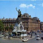 ECUSSON D'OR 73 - PARIS · Place de la République
