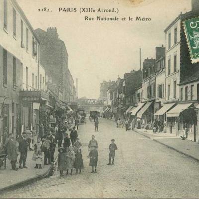 ELD 2182 - Rue Nationale et le Métro