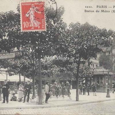 ELD 2220 - Place d'Italie, Station du Métro