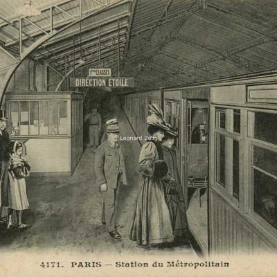 ELD 4171 - PARIS - Station du Métropolitain
