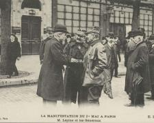 ELD - PARIS - Manifestation du 1er Mai - M. Lépine et les Généraux