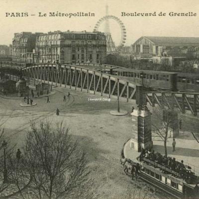 EM 5057 - PARIS - Le Métropolitain - Boulevard de Grenelle