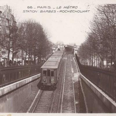 EOK 66 - Le Metro - Station Barbès-Rochechouart