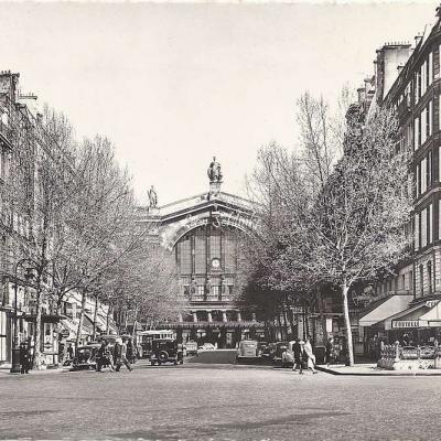 Estel 22323 - Boulevard Denain, au fond, la Gare du Nord (9x14cm)