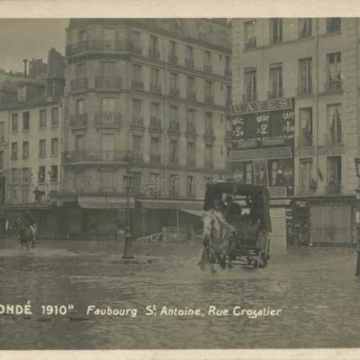 Faubourg Saint-Antoine, Rue Crozatier