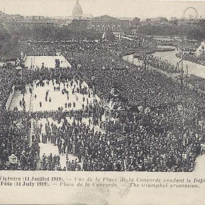 ND 6 - Fêtes de la Victoire - Défilé Place de la Concorde