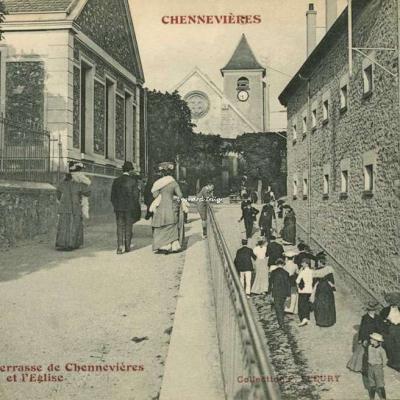 FF 1105 - La Terrasse de Chennevières et l'Eglise