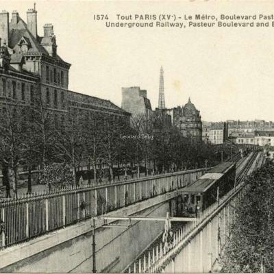 FF 1574 - TOUT PARIS - Le Métro, Boulevard Pasteur · Tour Eiffel