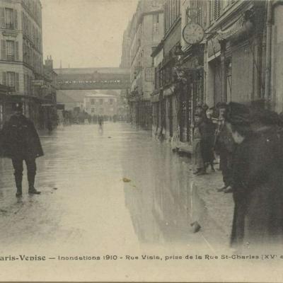 FF 230 - Paris Venise - Inondations 1910 - Rue Viala, prise de la Rue St-Charles (XV°)