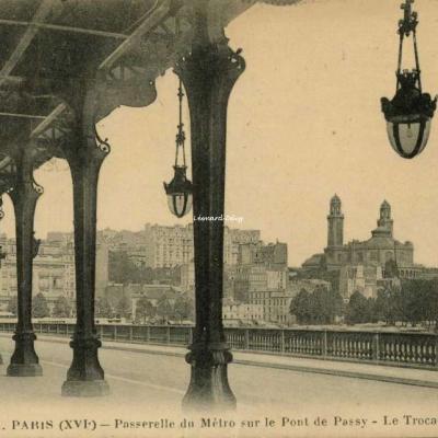 FF 41 A - PARIS (XVI°) - Passerelle du Métro sur le Pont de Passy