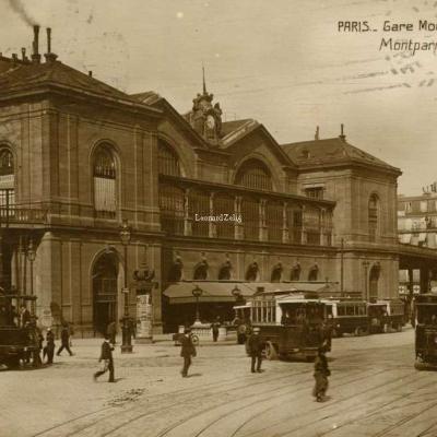 FF 83 - PARIS - Gare Montparnasse