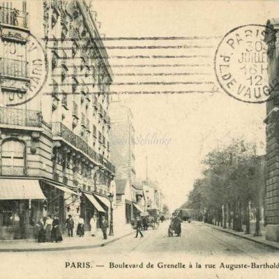 FF - Boulevard de Grenelle à la rue Auguste-Bartholdi