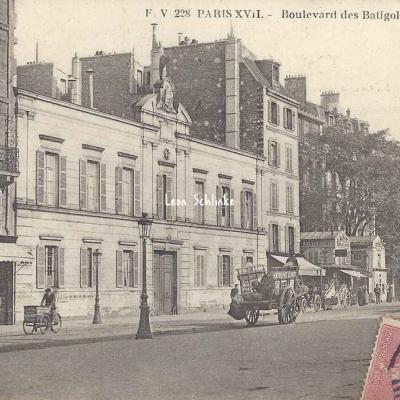 FV 238 - Boulevard des Batignolles