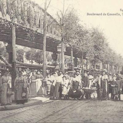 GI 846 - Boulevard de Grenelle, le Marché