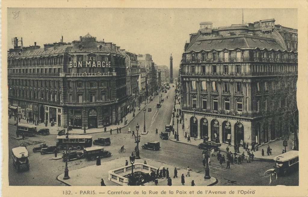 Guy 132 - PARIS - Carrefour de la Rue de la Paix et de l'Avenue de l'Opéra