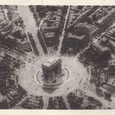 Guy 8 - Perspective sur la Place de l'Etoile