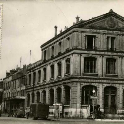 Guy 803 - Montreuil sous Bois - Hôtel des Postes