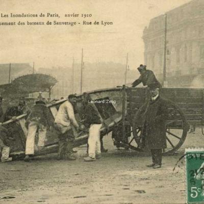 HP Paris - Débarquement des bateaux de Sauvetage - Rue de Lyon