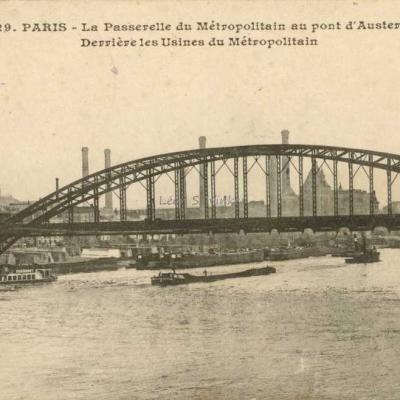 Inconnu 229 - La Passerelle au Pont d'Austerlitz et les Usines du Métro