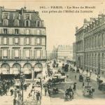 Inconnu 261 - PARIS - La Rue de Rivoli vue prise de l'Hôtel du Louvre