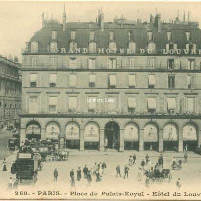 Inconnu 268 - PARIS - Place du Palais-Royal - Hôtel du Louvre