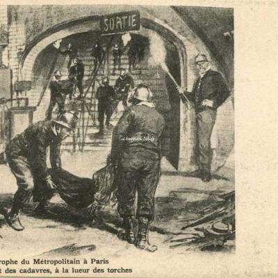 Inconnu - Catastrophe 1903 - L'enlèvement des cadavres, à la lueur des torches