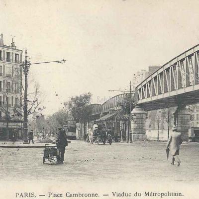 Inconnu - Place Cambronne - Viaduc du Métro