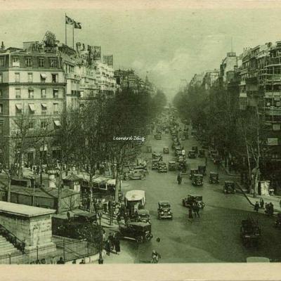 Jan 63 - Paris - Le Boulevard de la Madeleine