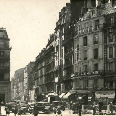 Jan - PARIS XI° - Rue Richard-Lenoir à la Place Voltaire