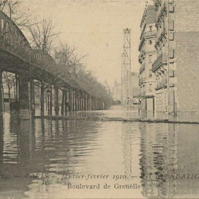 JF 24 - Inondations 1910 - Boulevard de Grenelle