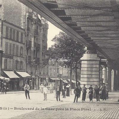 JH 89 - Boulevard de la Gare près la Place Pinel