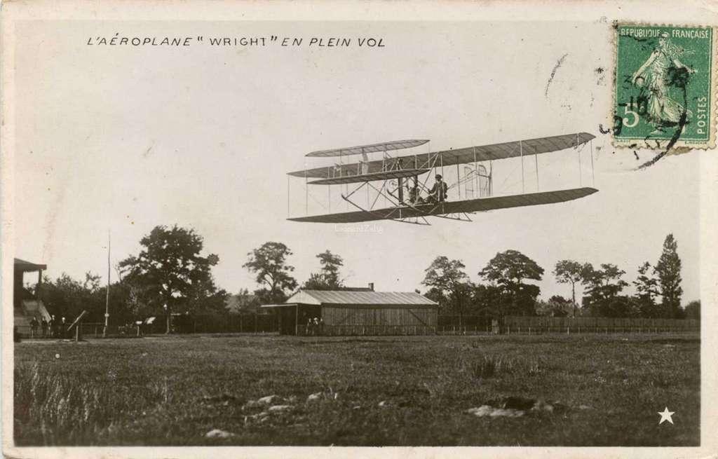 L'Aéroplane Wright en plein vol