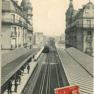 L.J. édit 115 - PARIS - Chemin de fer du Métropolitain à Passy
