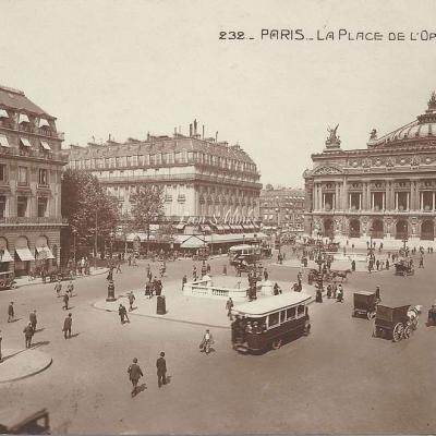 AN 232 - La Place de l'Opéra